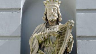 Het beeldje van koningDavid